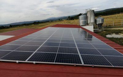 Fotovoltaica en granja de Xinzo de Limia (Orense)