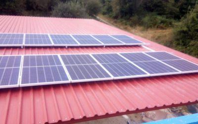 Fotovoltaica en granja de Busteliño (Orense)