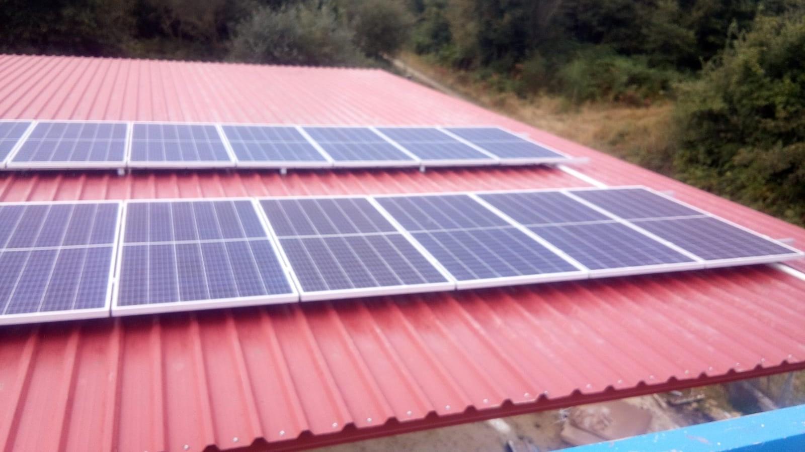 Fotovoltaica granja aviar