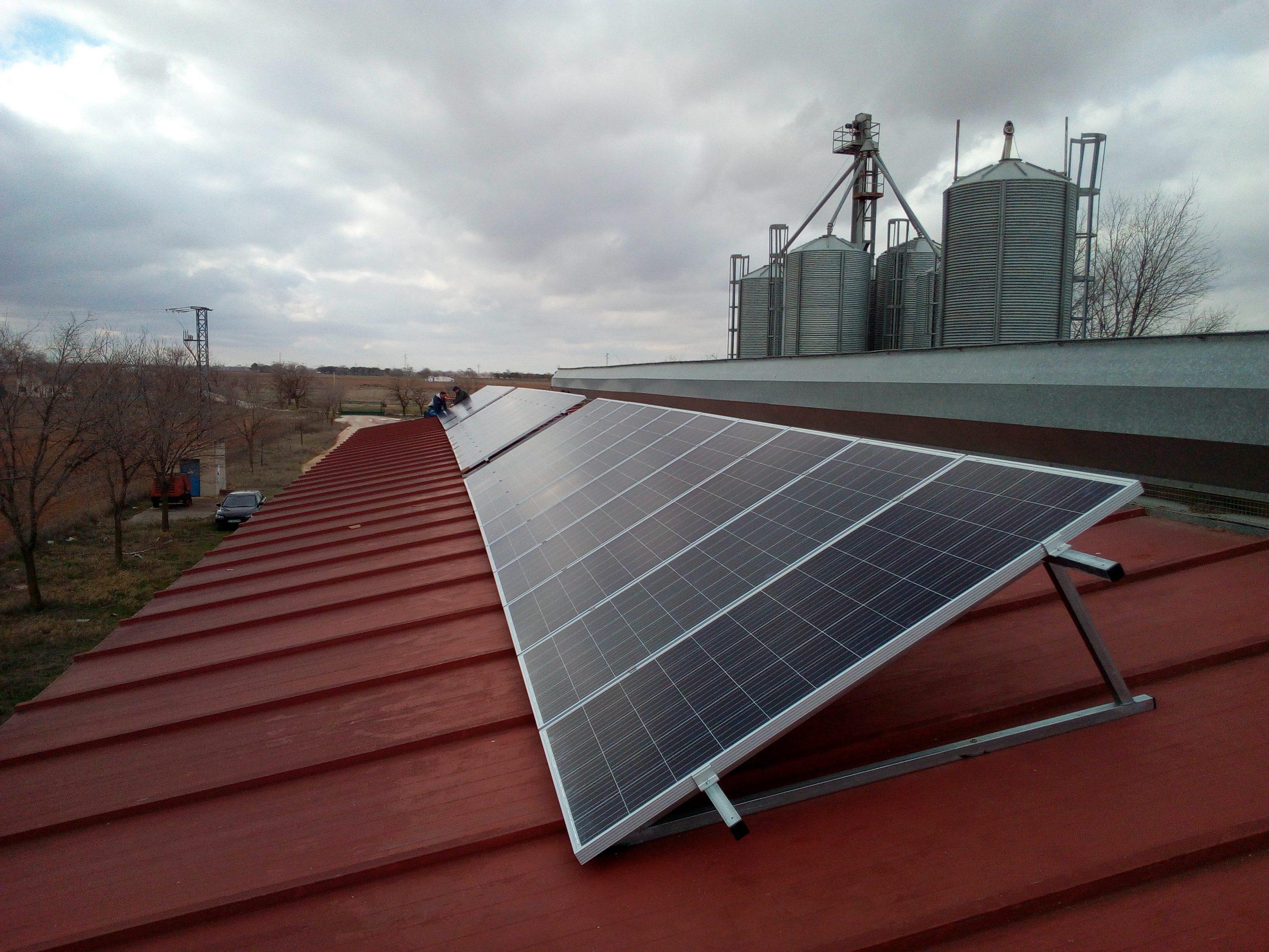 Fotovoltaica en granja aviar