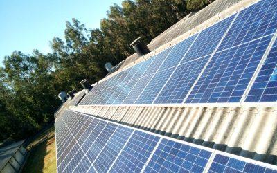 Fotovoltaica en granja de Ribeira (La Coruña)