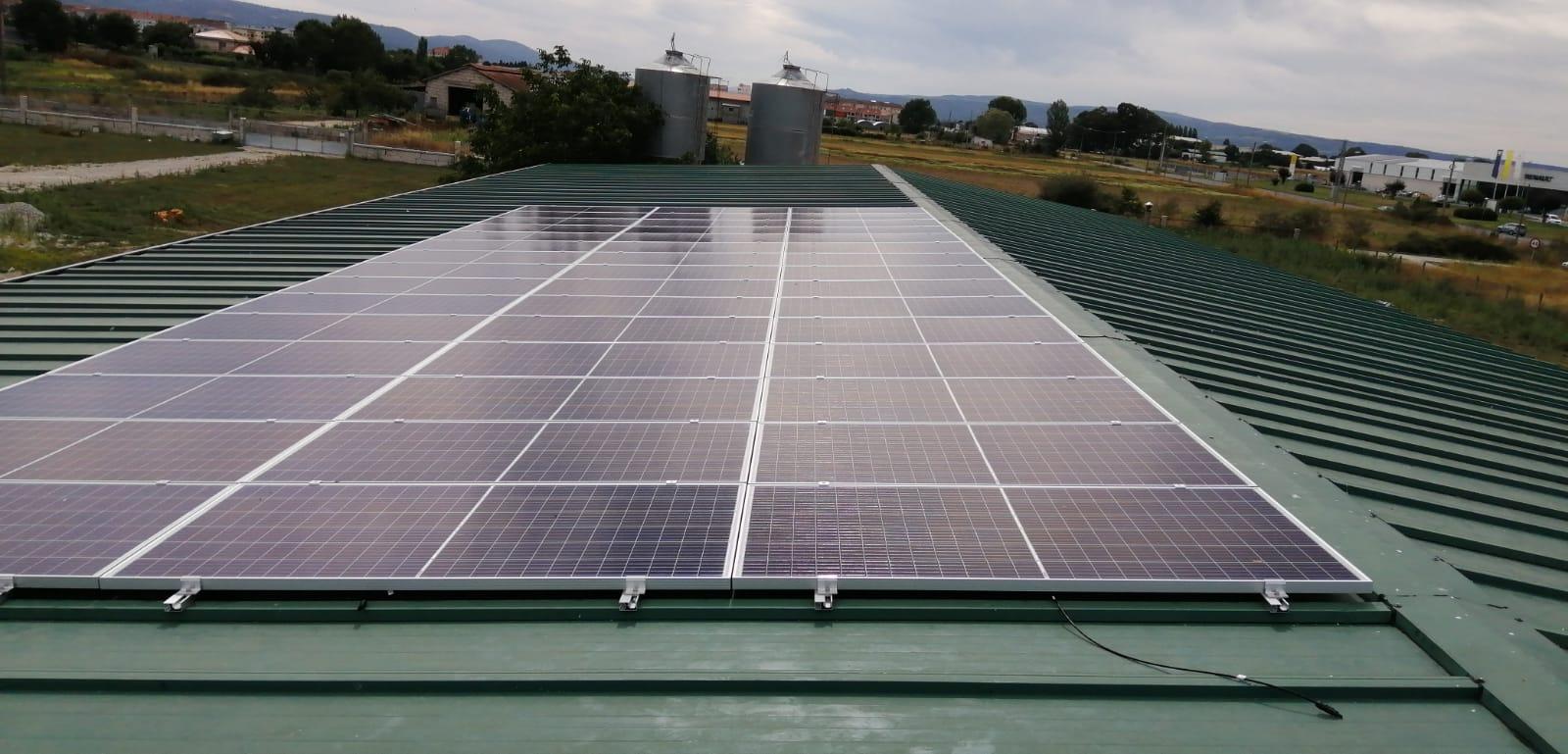 Fotovoltaica granja de galicia