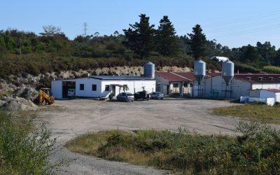 Fotovoltaica en granja de Lousame (La Coruña)